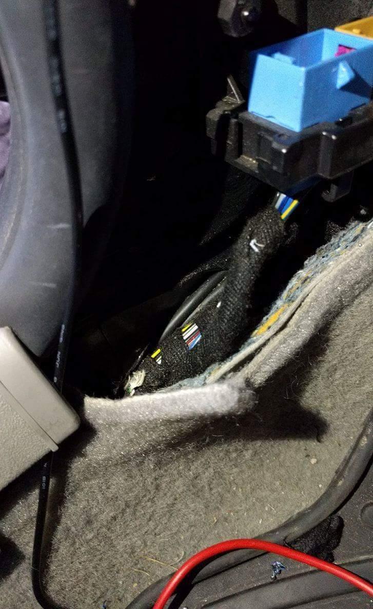 Einbau einer universellen Funkfernbedienung in einen VW Lupo/Seat ...